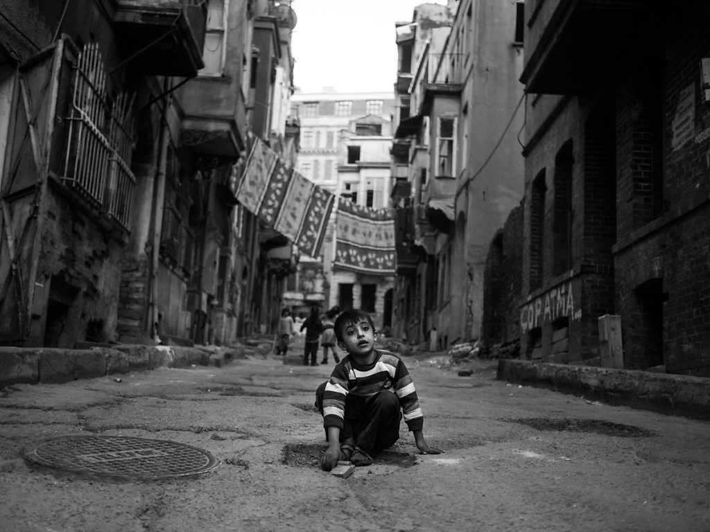 Playing in the Ruins of Gentrification, Tarlabaşı - Istanbul