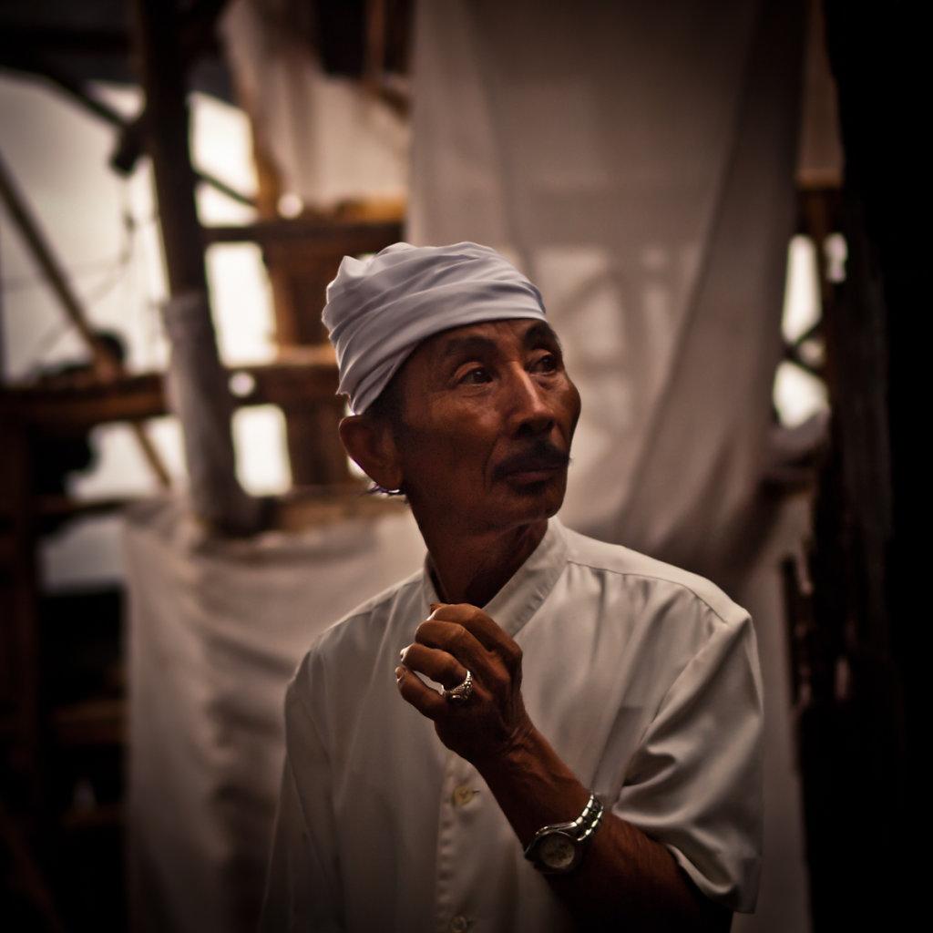 Master of Ceremony, Padang Padang - Bali